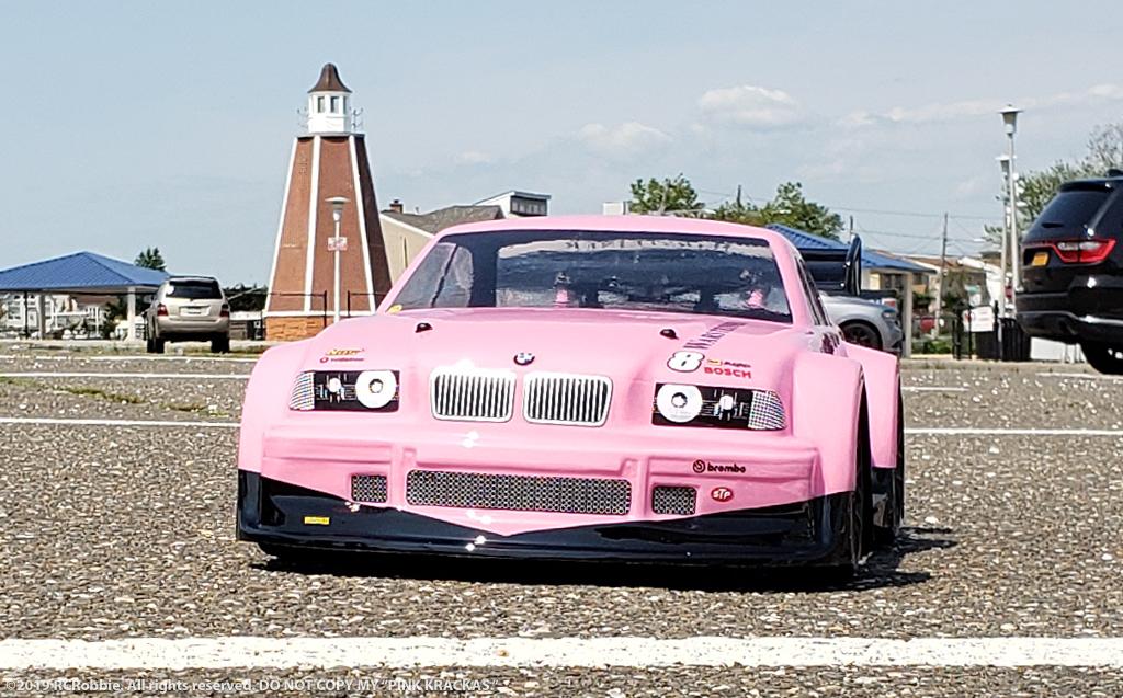 BMW M3 pINK kRACKAS